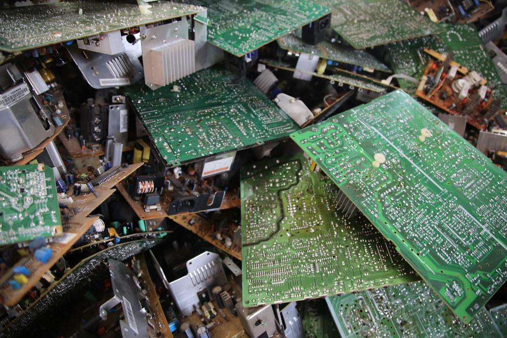 E-waste © Flickr