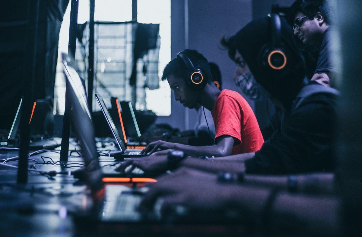 Laptop Gaming.jpg