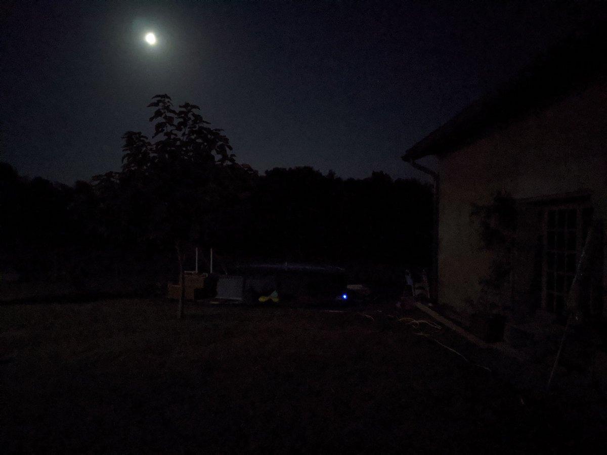 photo nuit google pixel 4a © Gabriel Manceau