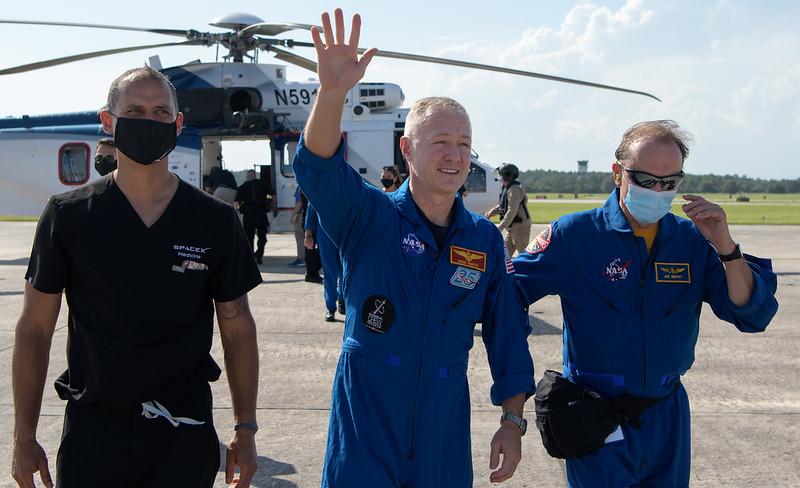 Crew Dragon DM2 retour Doug Hurley © NASA/B. Ingalls