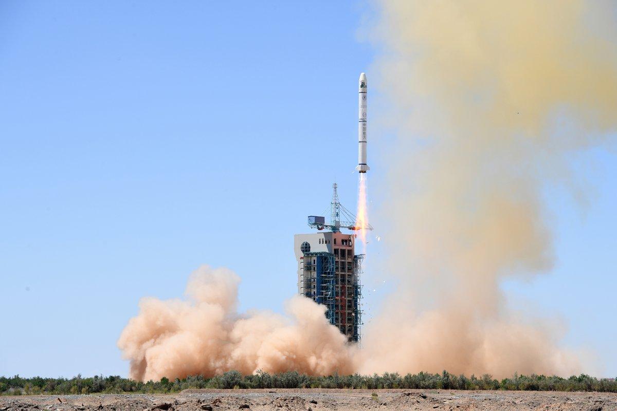 CZ-2C Jiuquan fusée décollage © CALT/SUPARCO