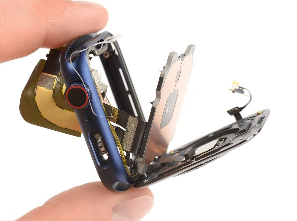 SiP S6 Apple Watch 6- iFixit © © iFixit