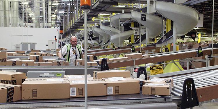 Amazon entrepôt © Amazon