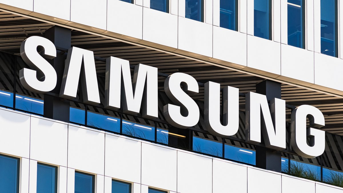 Samsung entreprise logo © Sundry Photography / Shutterstock.com