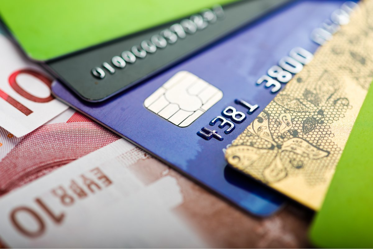 Carte bancaire © © shutterstock