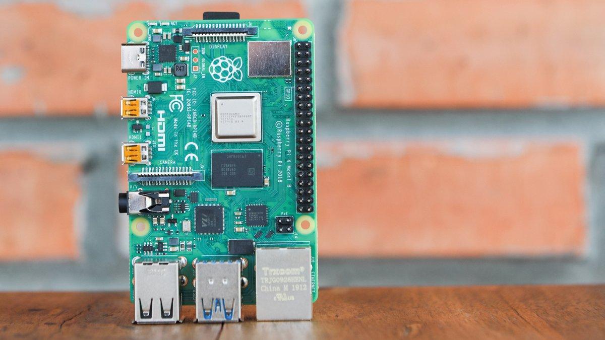 Raspberry Pi 4 © mrnok / Shutterstock.com