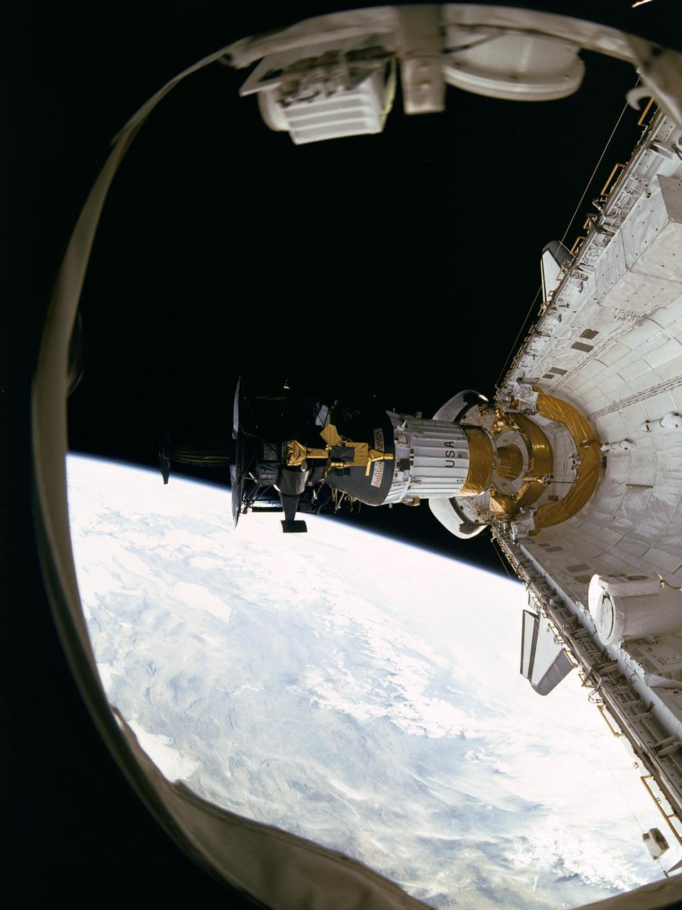 Galileo sonde Jupiter largage navette © NASA