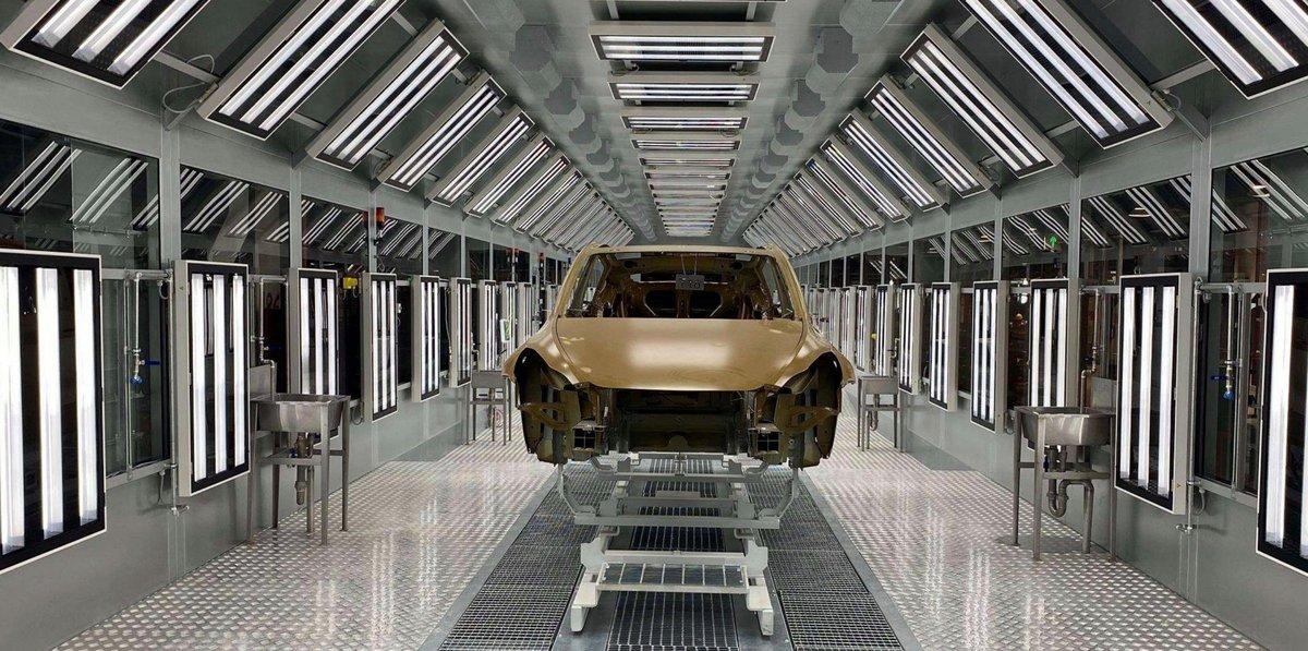 Production Tesla Model Y à Shanghai © Tesla