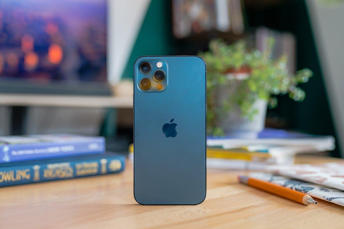iPhone 12 Pro © © Pierre Crochart pour Clubic