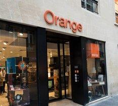Orange propose désormais un service de réparation de smartphones dans ses boutiques