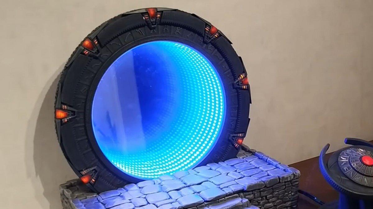 Stargate porte étoiles © Kristian Tysee