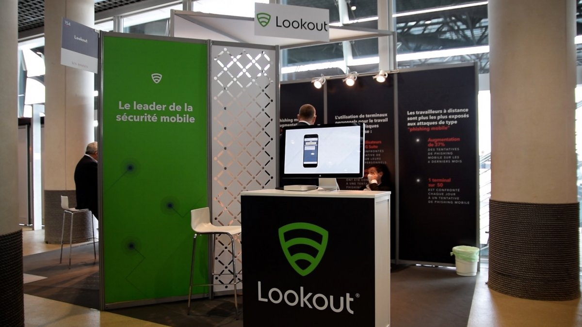 Lookout stand Assises 2020 © Alexandre Boero pour Clubic