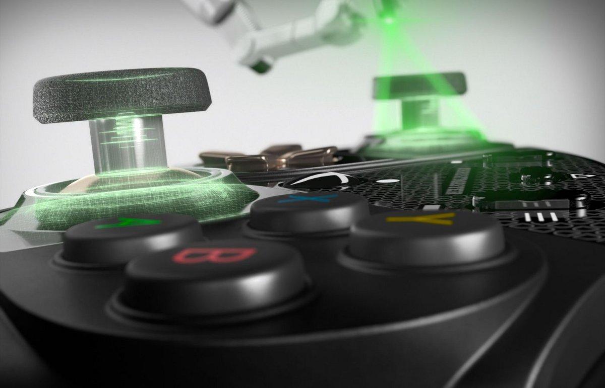 eSwap X Pro Controller © Thrustmaster