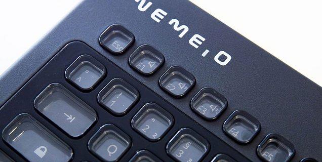 LDLC lance son clavier e-ink totalement personnalisable sur Kickstarter