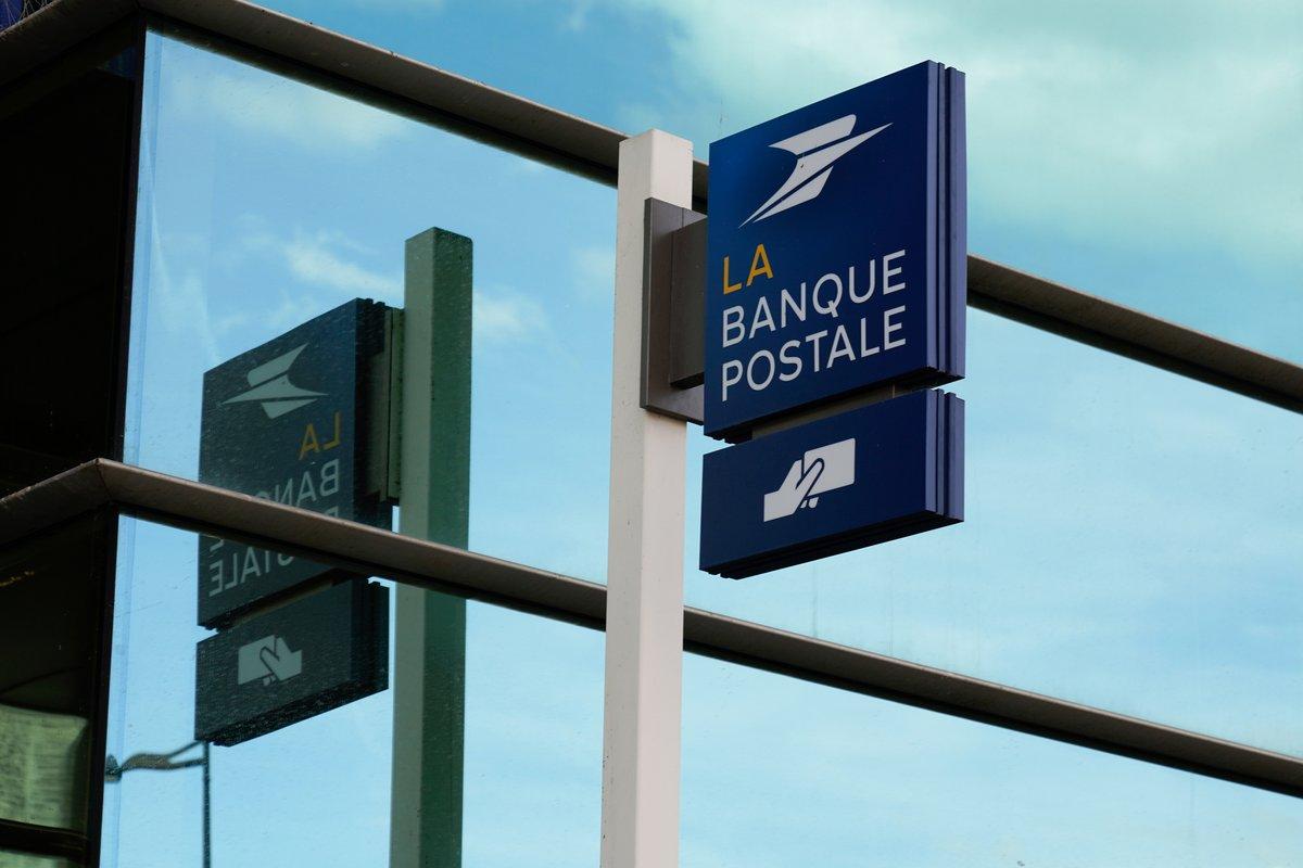 La Banque Postale © © shutterstock