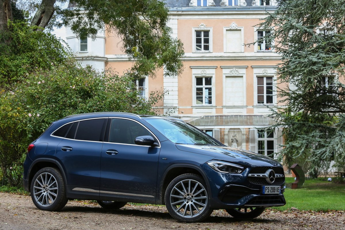 Mercedes GLA 250 e hybride rechargeable © Camille Pinet