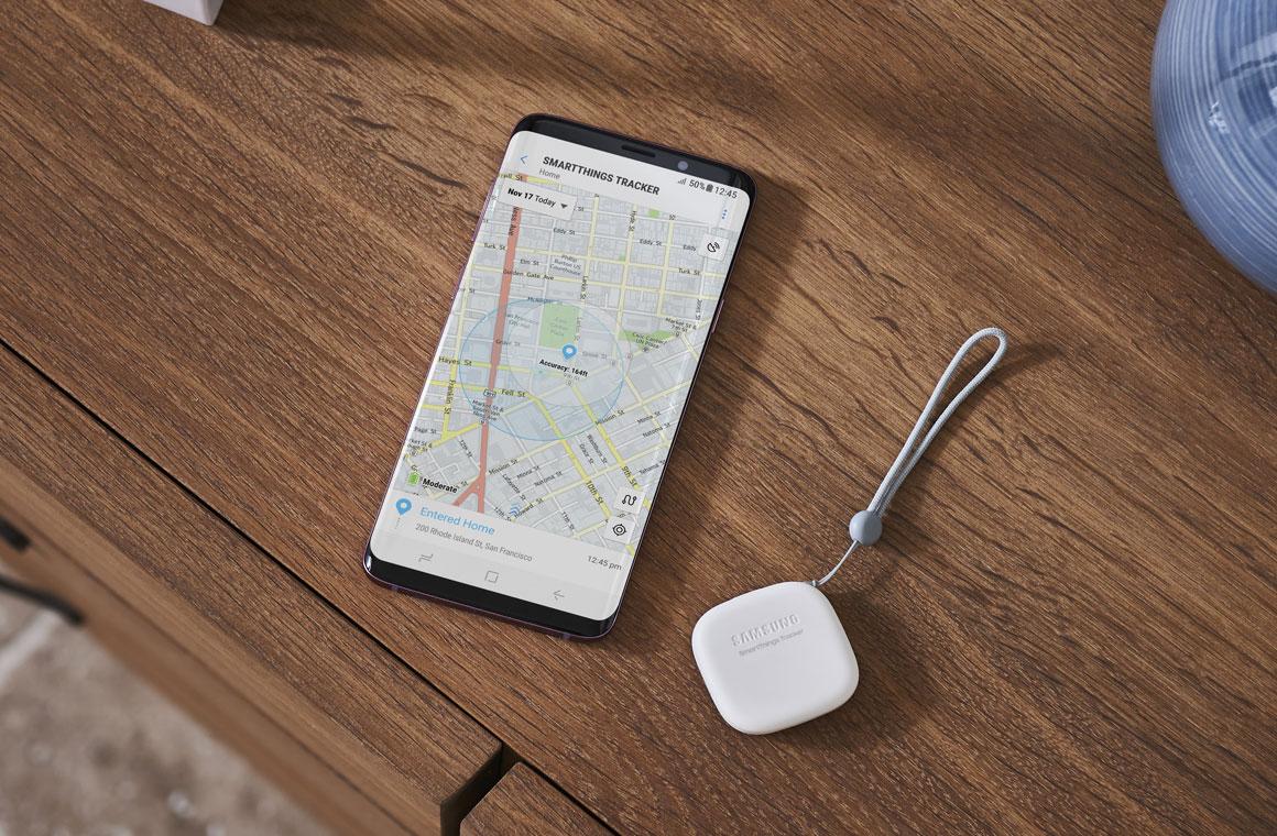 Samsung Smart Things Tracker © © Samsung