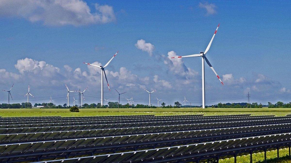 éolien solaire © hpgruesen/Pixabay