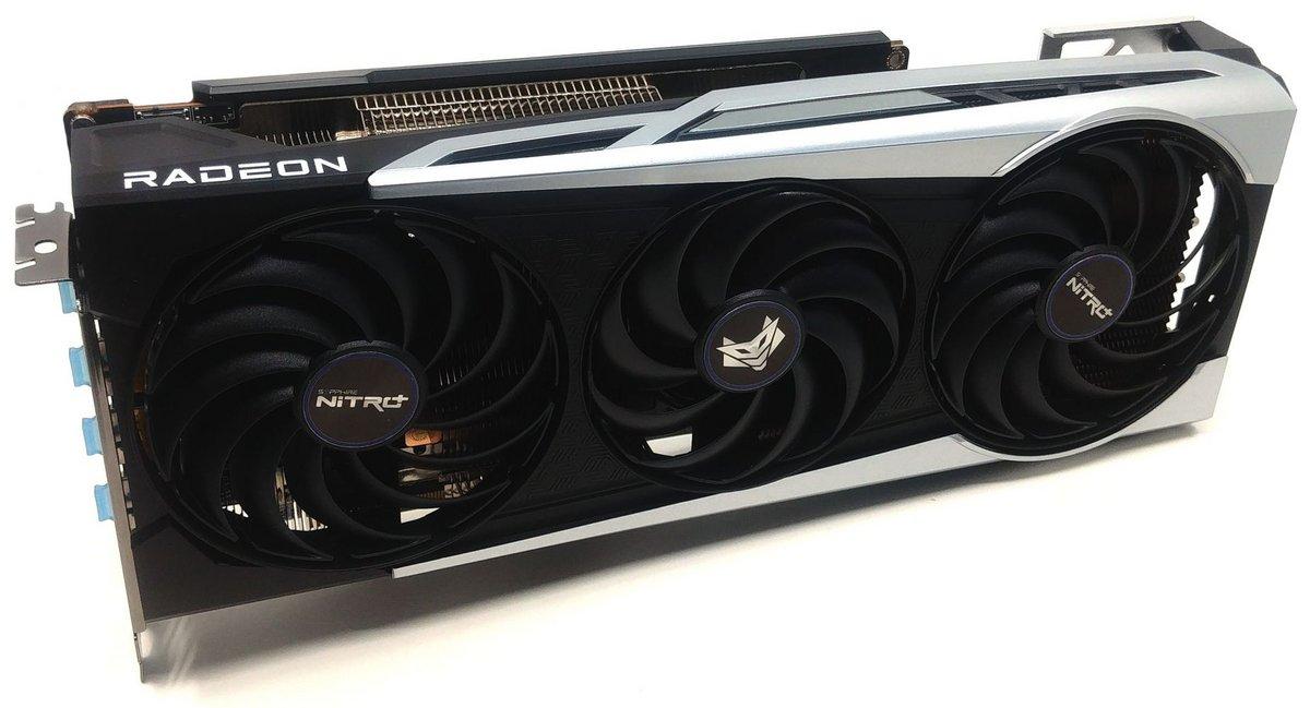 Sapphire Nitro+ AMD Radeon RX 6800 © Nerces