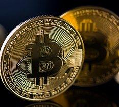 Le Bitcoin propulsé à plus de 60 000 $ en raison de l'arrivée imminente d'un premier ETF