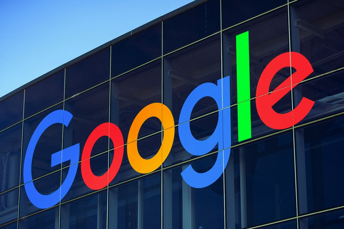 Google © Shutterstock