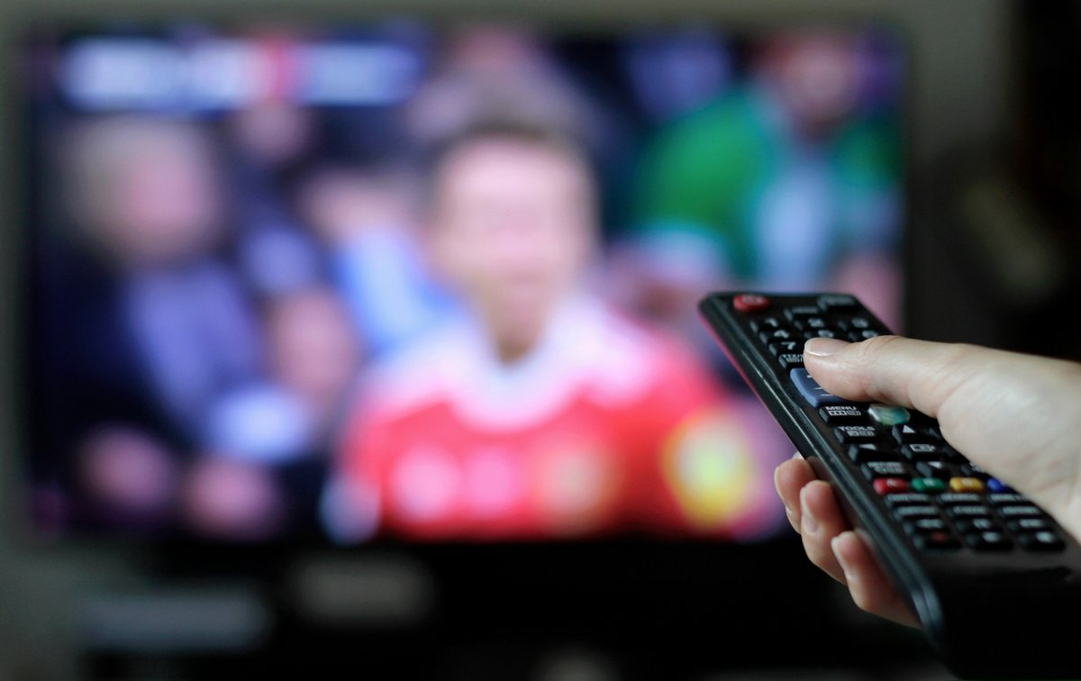 Remote - Football