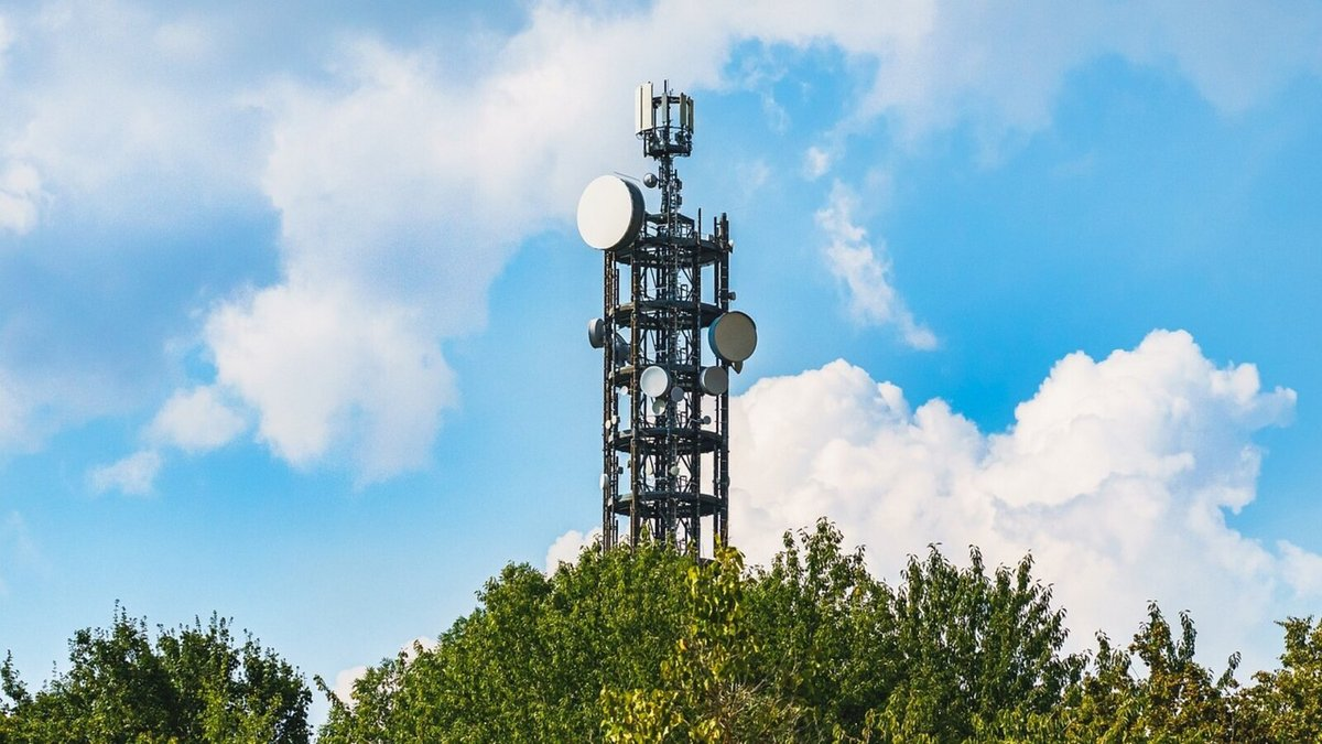tour télécoms antennes © Farbsynthese / Pixabay
