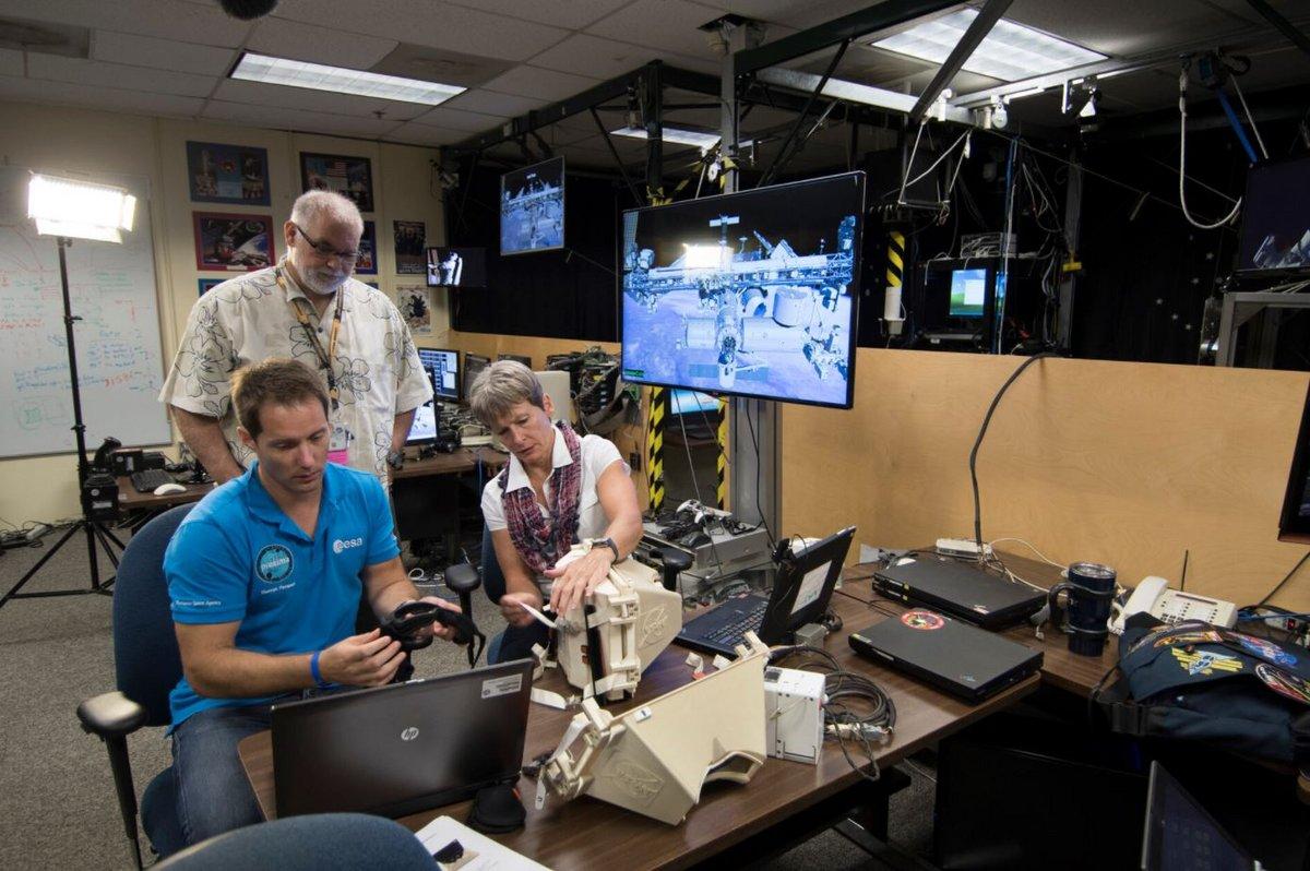 Thomas Pesquet entrainement 3 © ESA/NASA