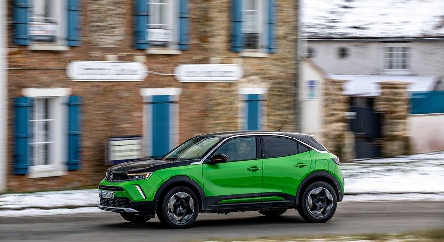 Opel Mokka-e : nos premières impressions à bord du petit SUV urbain électrique - Clubic
