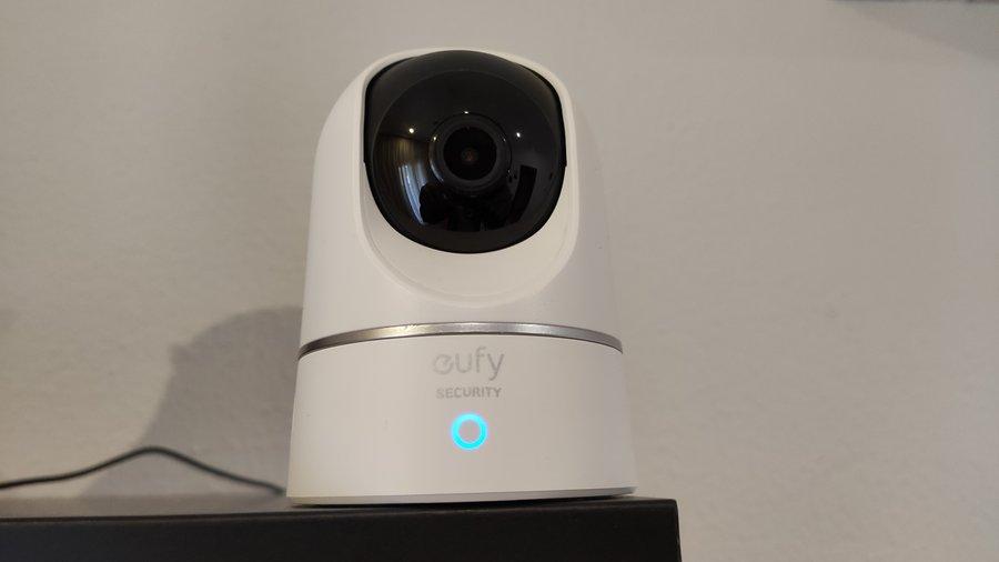Test eufy Indoor Cam 2K Pan & Tilt : une caméra de sécurité rotative à l'excellent rapport qualité-prix - Clubic