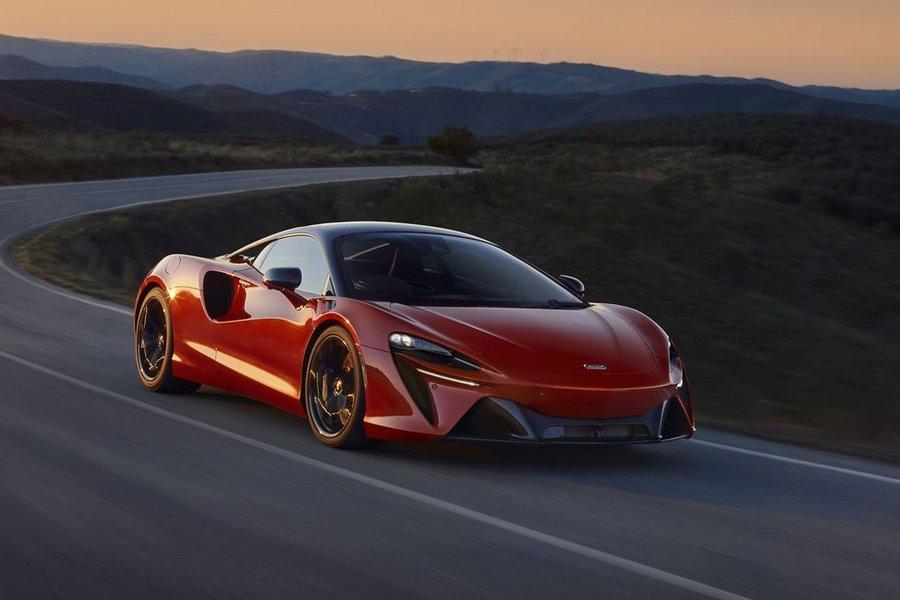 McLaren dévoile Artura, sa toute première supercar hybride rechargeable - Clubic