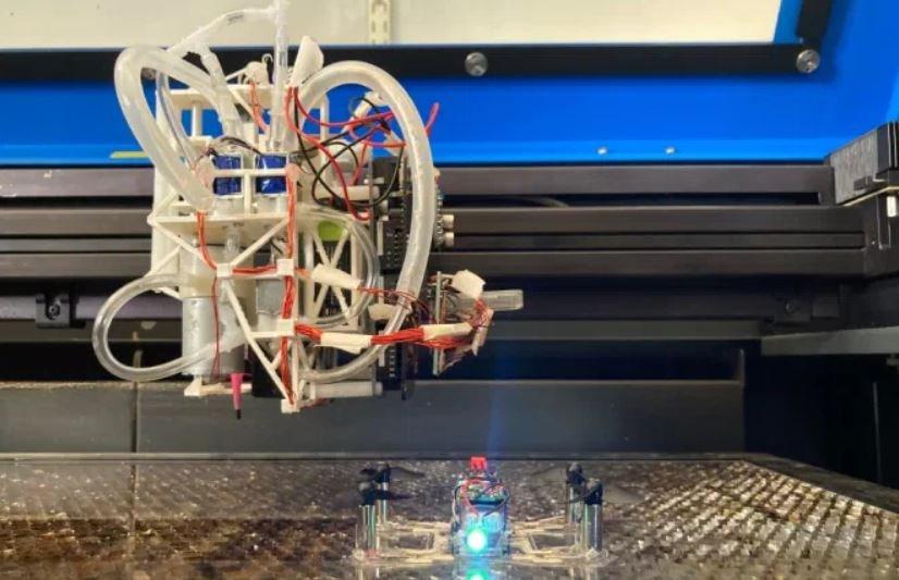 Le MIT met au point un robot capable d'imprimer des drônes et robots fonctionnels - Clubic