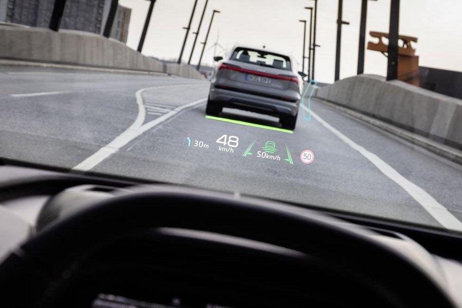 Audi dévoile son nouvel affichage tête haute en réalité augmentée - Clubic