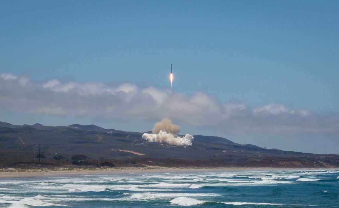 SpaceX Falcon 9 Vandenberg 1 © SpaceX