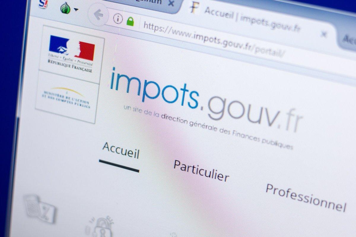 Impots © Sharaf Maksumov / Shutterstock.com