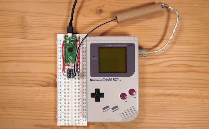 Game Boy Tetris en ligne © Stacksmashing