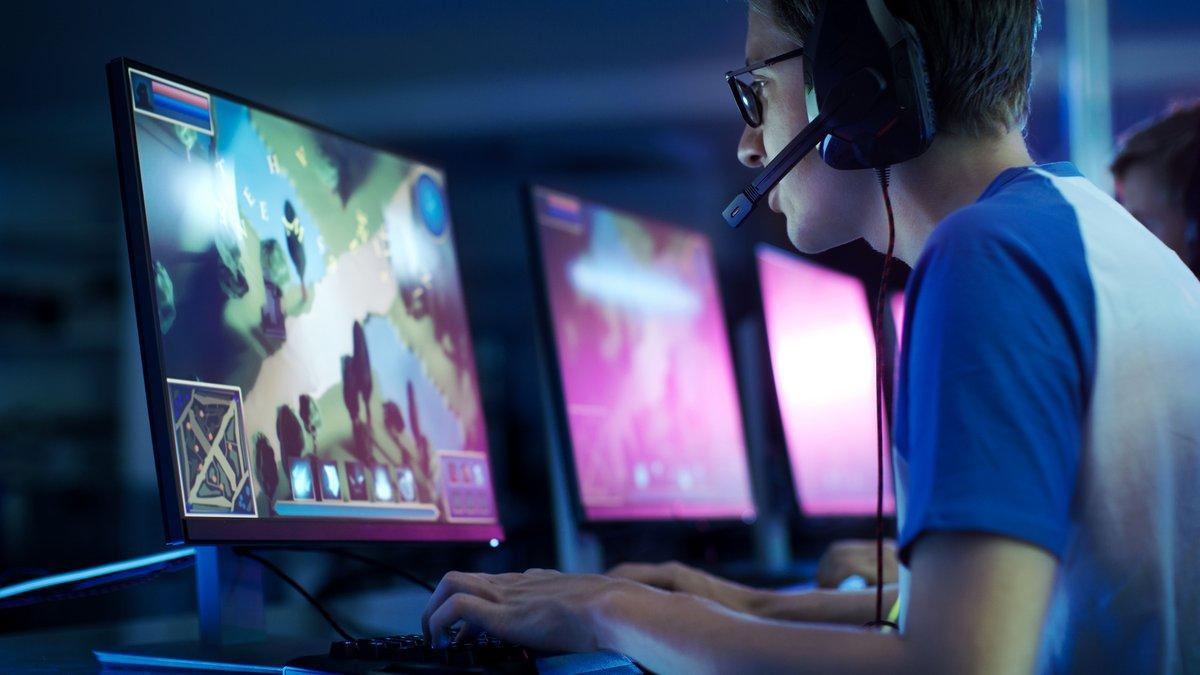 Joueur gamer © Shutterstock