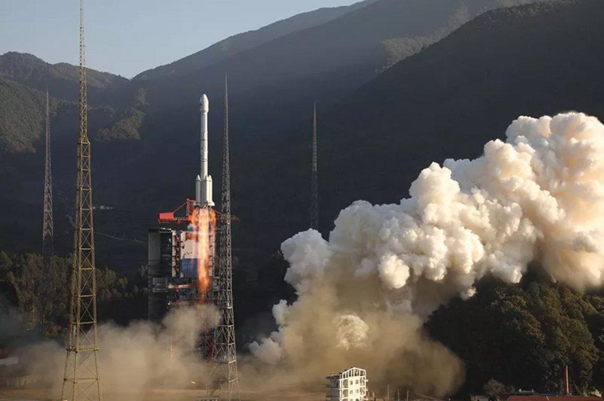 Xichang CZ-3 décollage © CASC