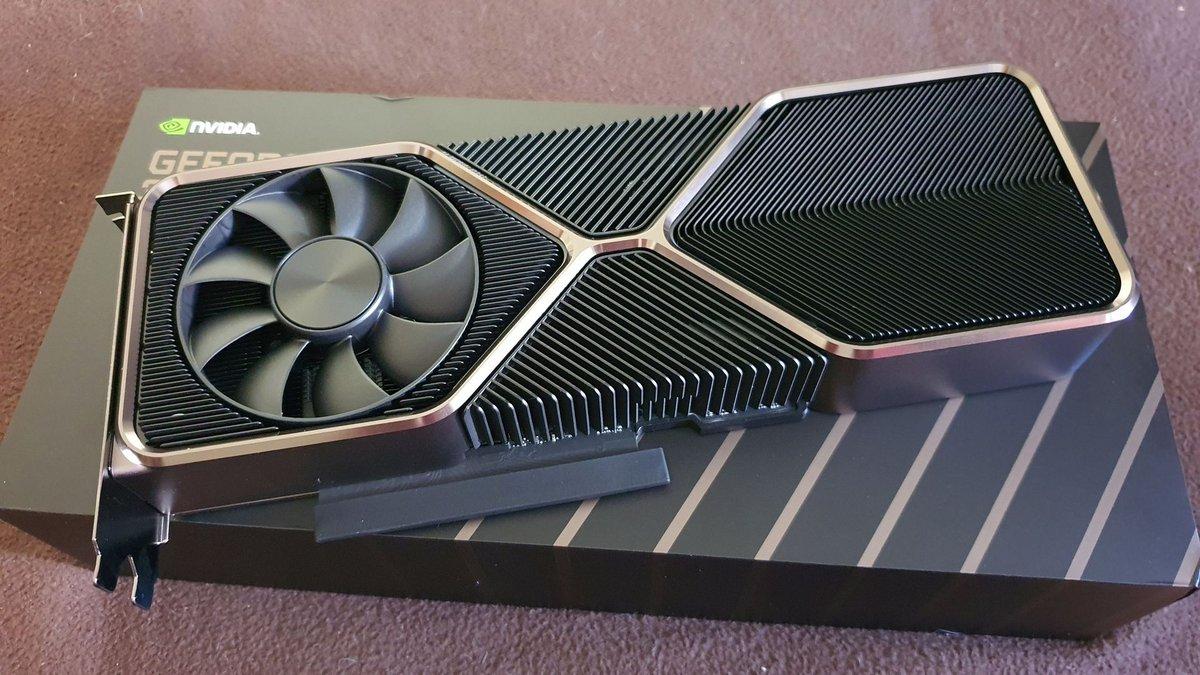 NVIDIA GeForce RTX 3080 Ti FE © Nerces