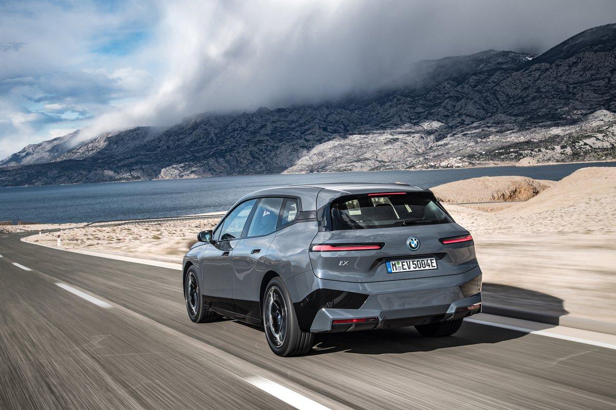 BMW iX © BMW