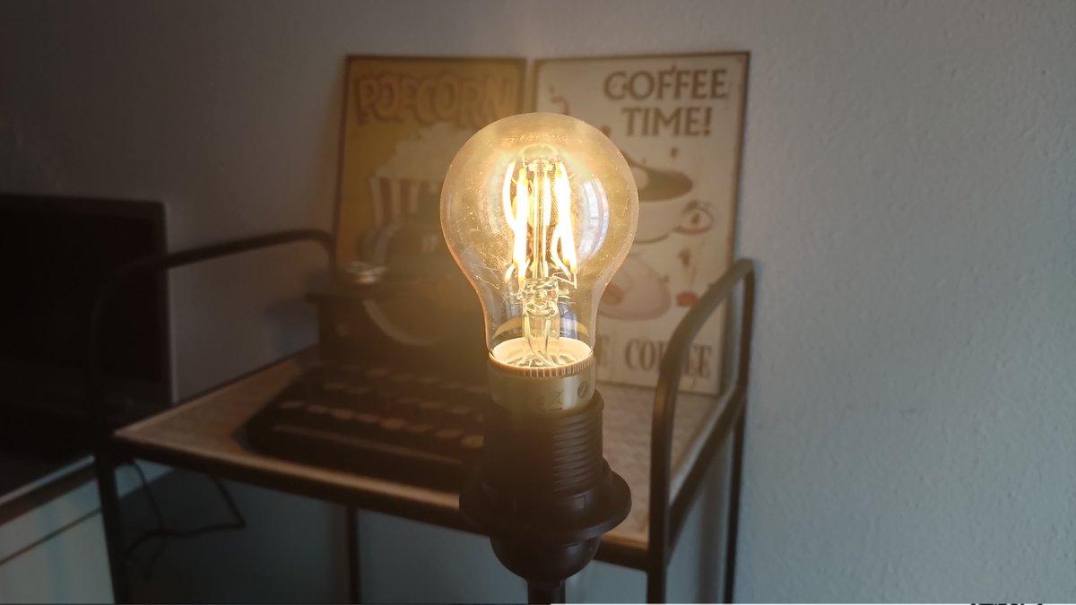Test Innr Smart Filament Bulb © Alexandre Schmid pour Clubic