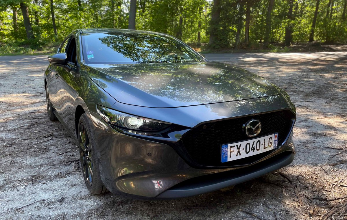 Mazda3 e-Skyactiv-X M Hybrid © Jérôme Cartegini