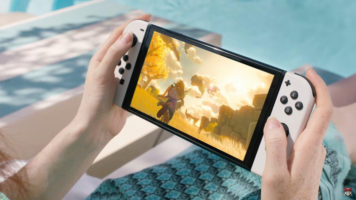 Nintendo Switch OLED © © Nintendo