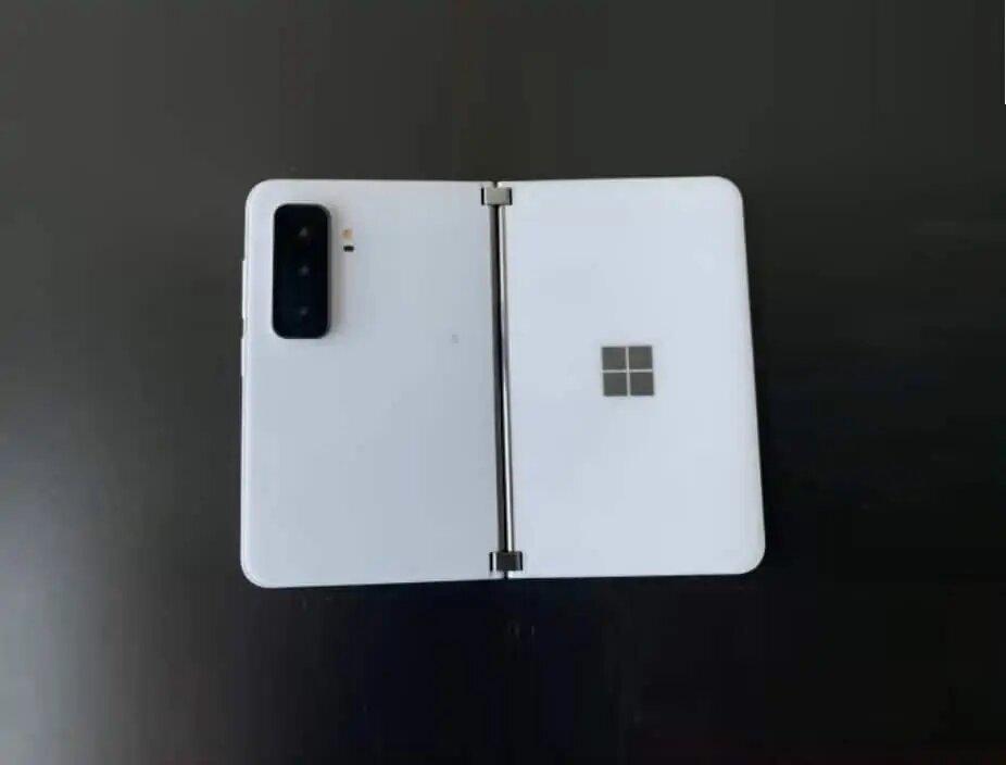 Surface Duo 2 © Tech Rat sur YouTube