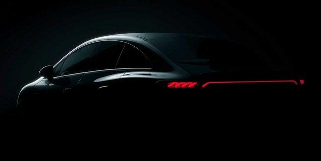 Mercedes tease sa future berline électrique EQE
