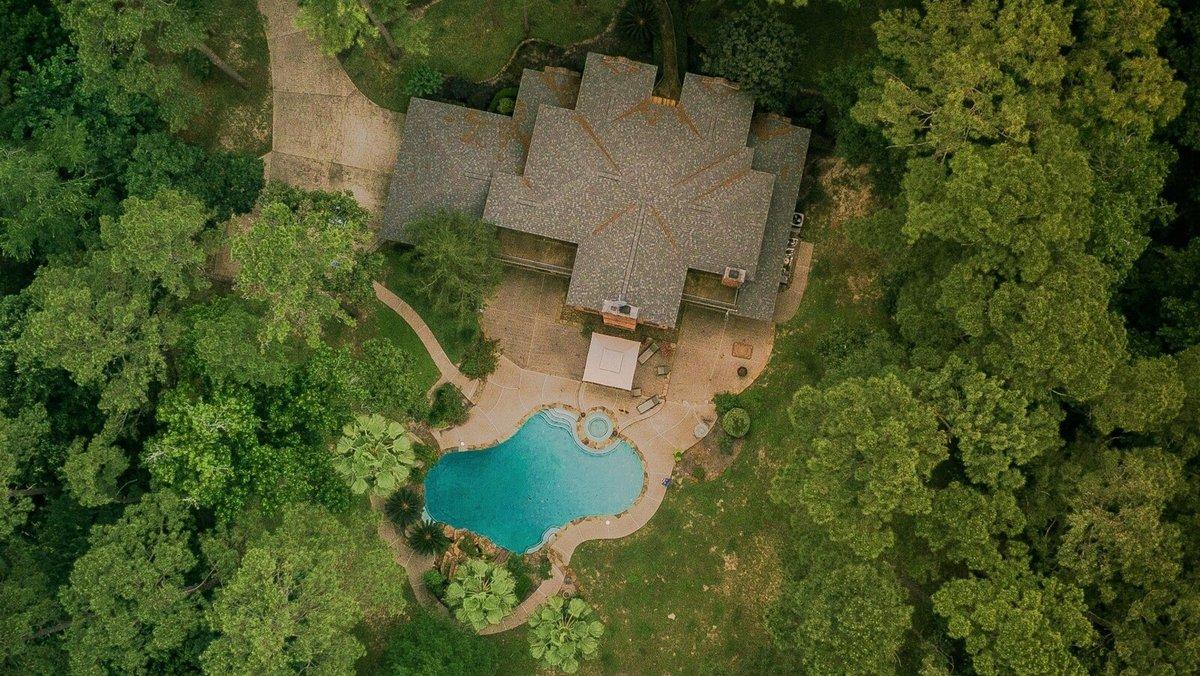 Photographie vue aérienne maison Piscine © Gerritt Tisdale / Pexels
