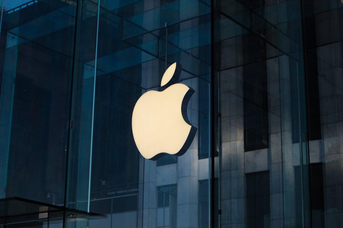 Apple logo © © Unsplash / Laurenz Heymann