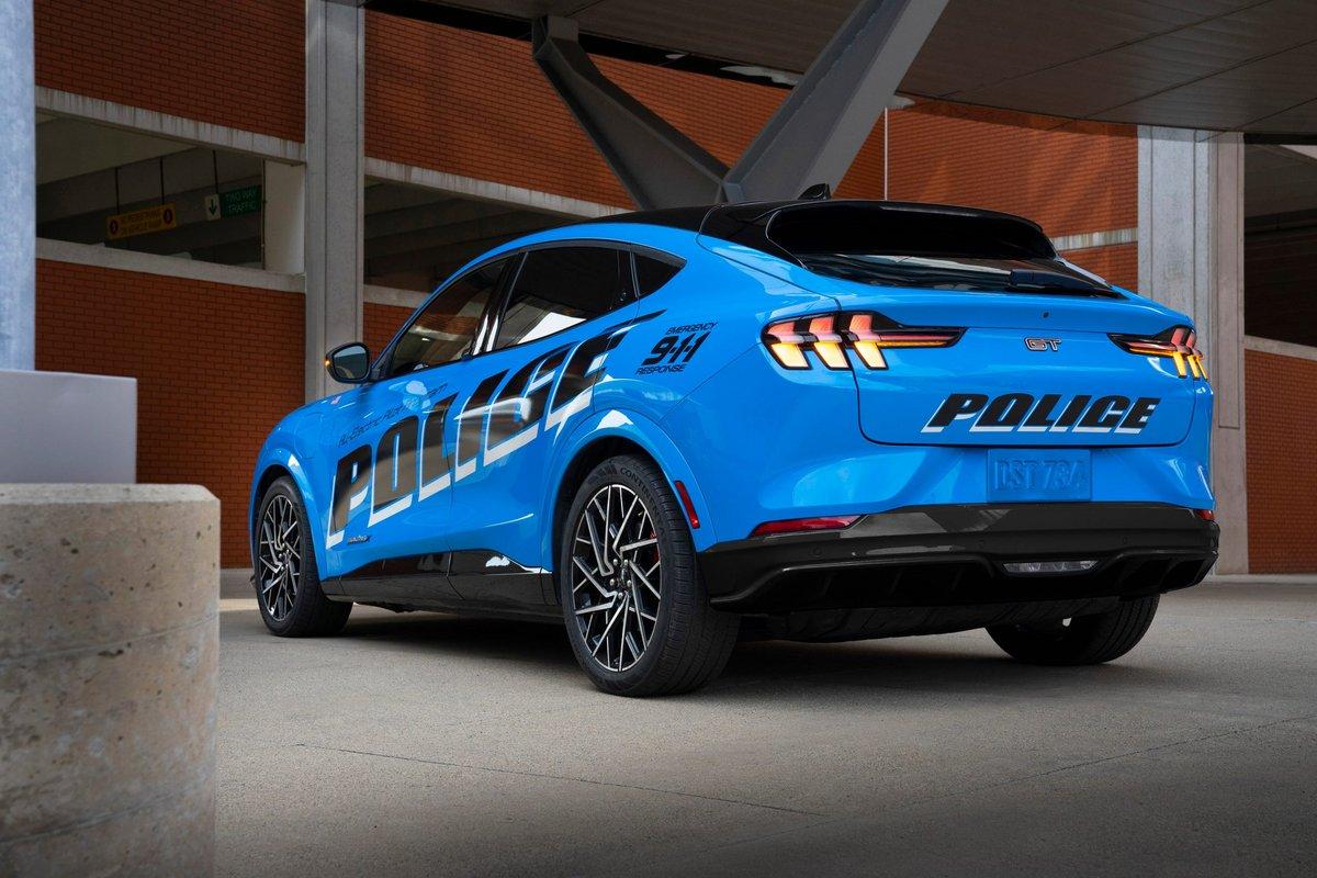 fordpolice2 © Ford