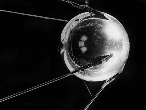 Spoutnik satellite réplique © Roscosmos