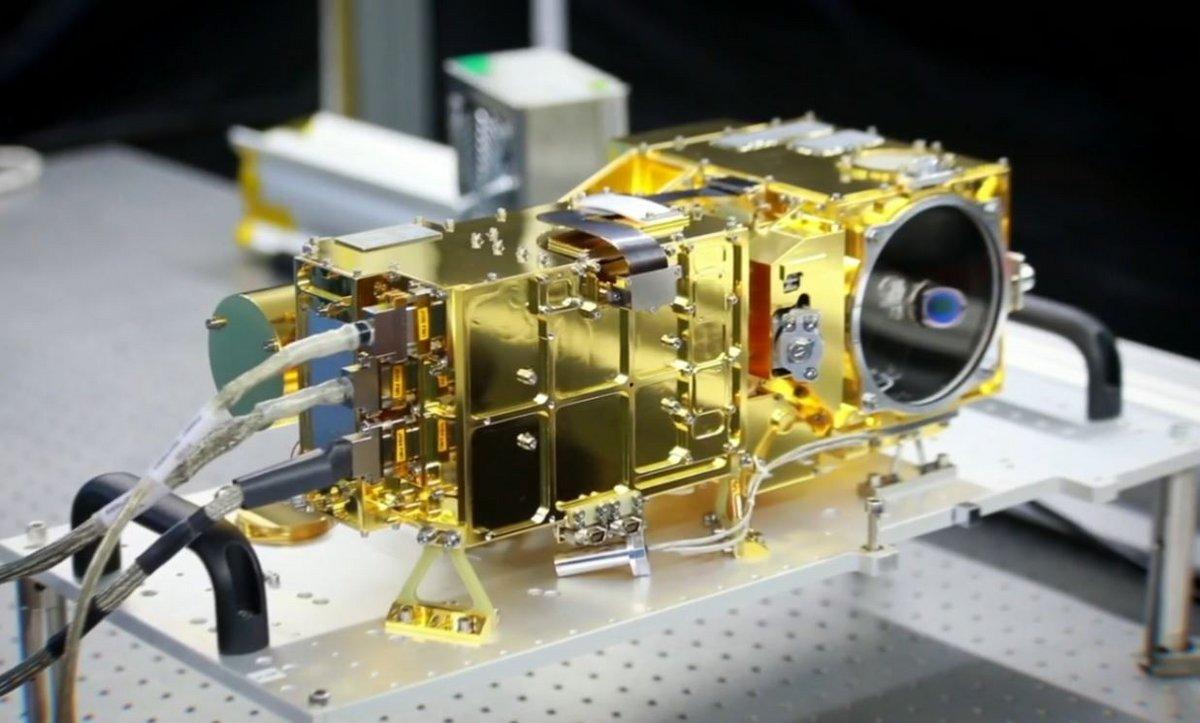 SuperCam CNES ensemble instrument © CNES